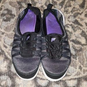 Fila size 9.5 womans shoes
